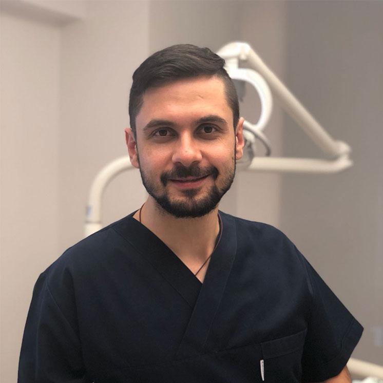 endodontist_emir_Yılmaz